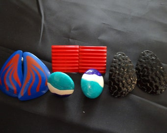 Assortment of 4 pairs of retro hipster 70s/80s painted metal earrings