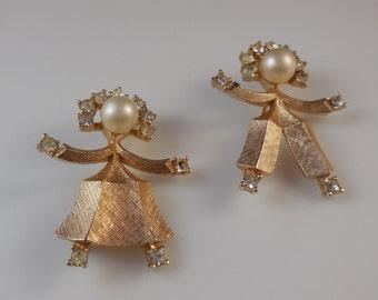 Crown Trifari Girl and Boy Dancer Pins