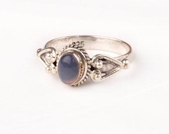 Vintage Silver Ring with fine Blue Agate gem. Unique design.