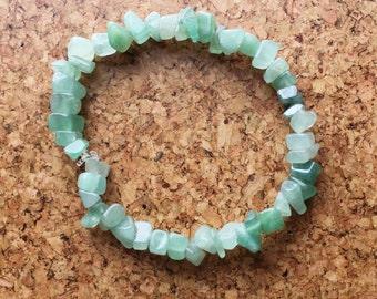 Aventurine bracelet Gemstone chip bracelet Green stone elasticated wristband