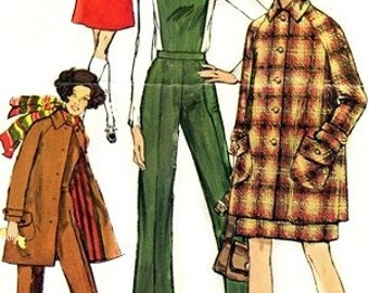 Simplicity 8403 Perky Mini-Coat, Skirt & Pants 1969 / SZ12 UNCUT
