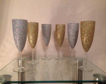 Set of 6 glittered Champagne flutes