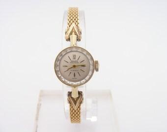 1970's Ladies Gruen Wrist Watch. 14K Yellow Gold