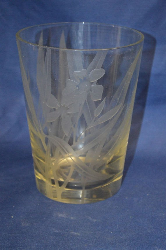 Fine Vintage Clear Sand Etched Art Glass Vase by Dorothy Thorpe