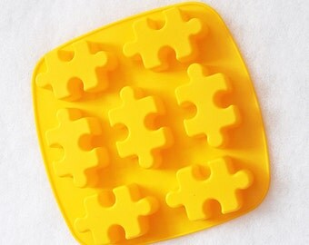 7-cavity Puzzle Cake Mold Flexible Silicone Soap Mold Soap Candle Candy