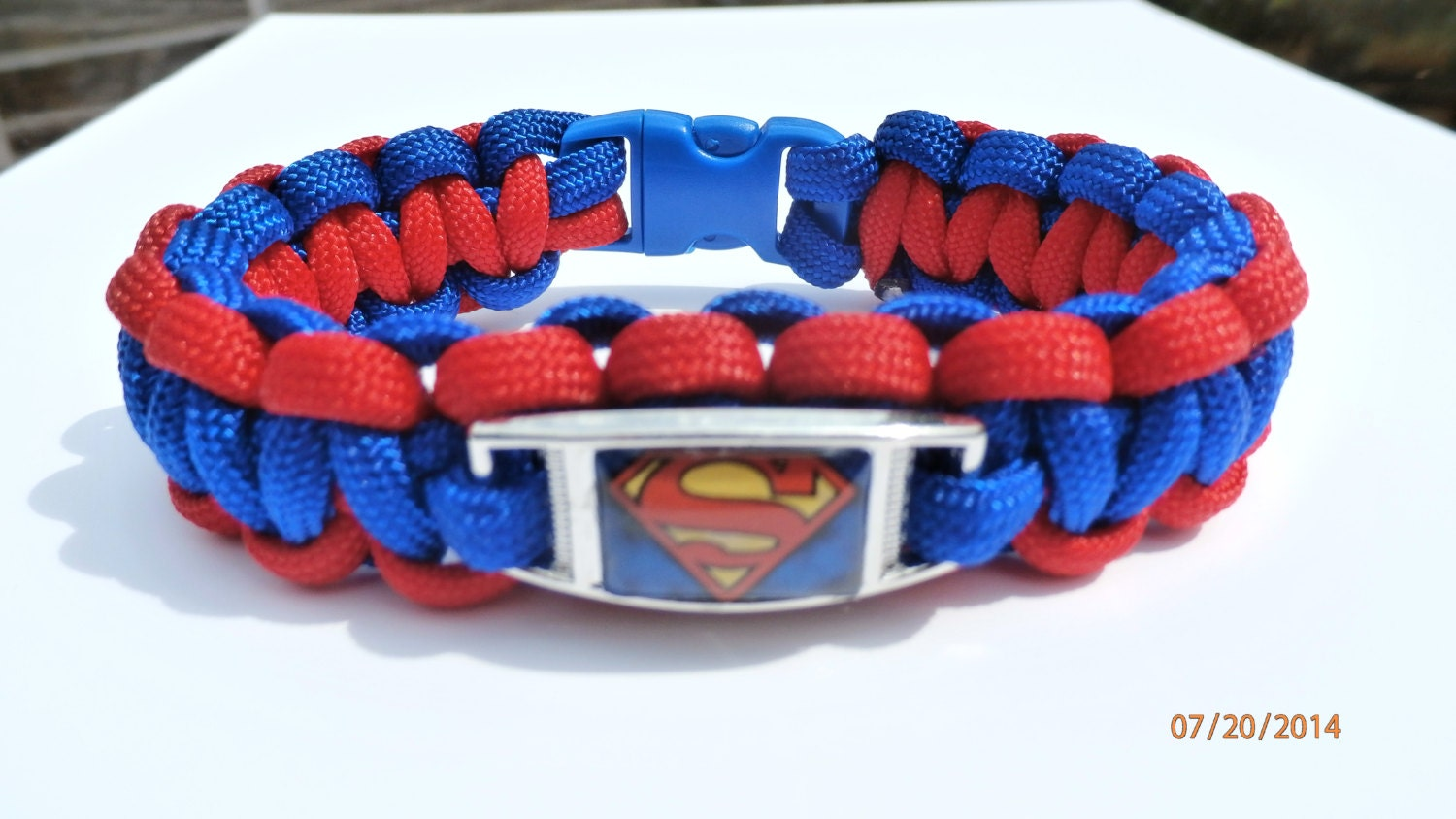 superman paracord charm bracelet by toriiparacord on etsy