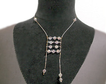 French Necklace: Wire and Jewels