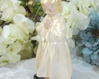 Vintage Religous Praying Girl Opalescent Figurine – Simply Beautiful!