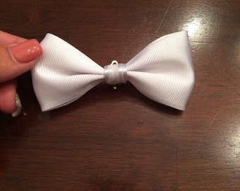 Elegant white little boys clip on bowtie