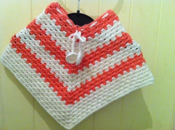 b b fille poncho cape en crochet pour b b enfants. Black Bedroom Furniture Sets. Home Design Ideas