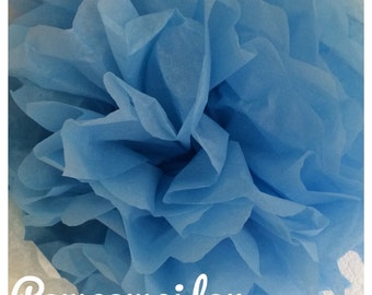 Pack of 2 PomPoms in blue color tissue paper