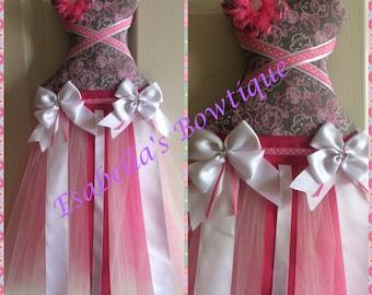 Pink tutu bow holder