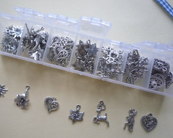 70 Pendants, antique silver colour