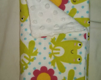 FREE SHIPPING Frogs and Flowers Single Burp Cloth