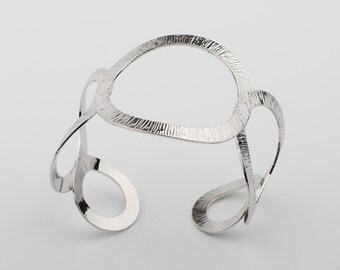 Awesome Hammered texture crafted Abstract Openwork Forged Cuff Bracelet, silver color Bangle