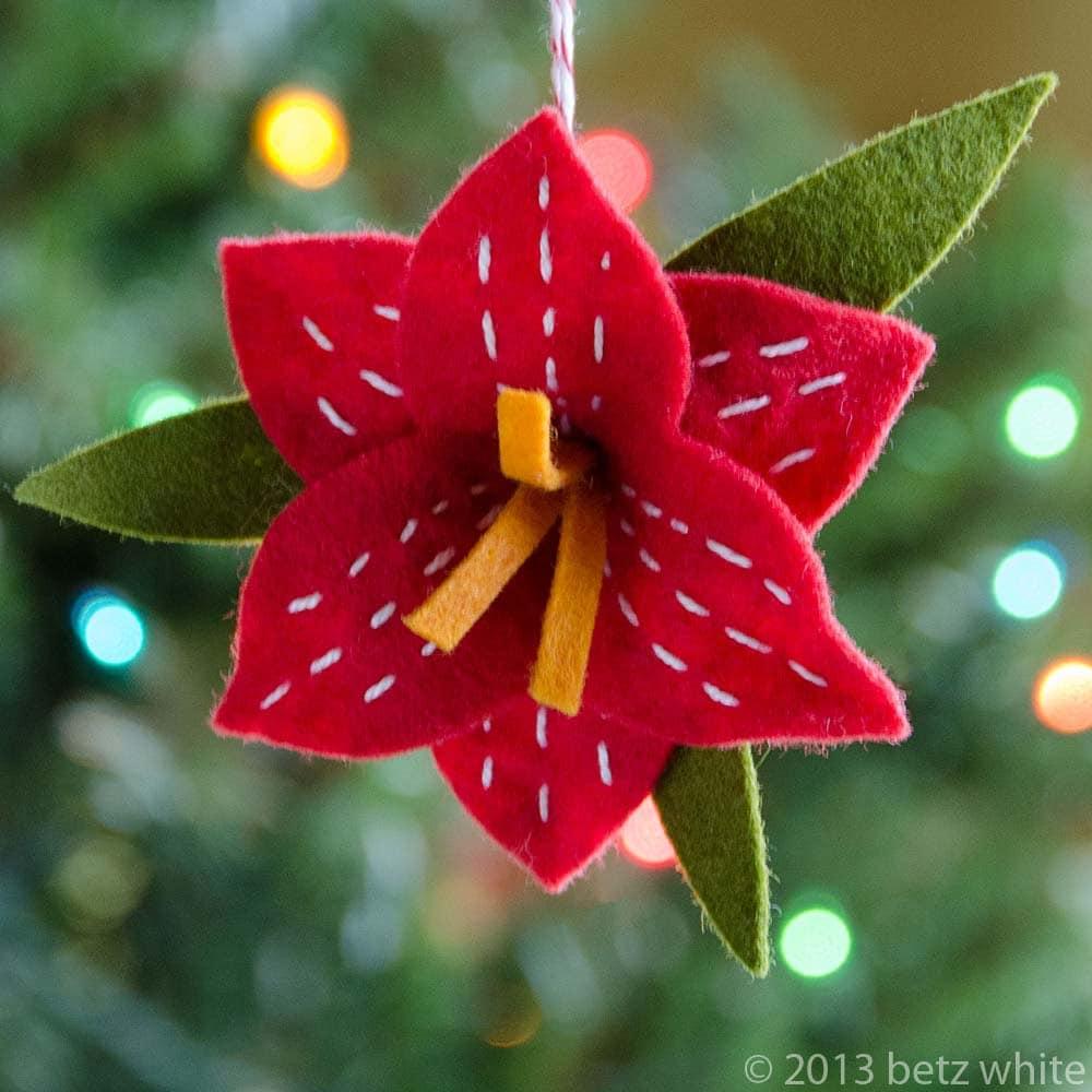 Christmas amaryllis ornament pdf pattern for Amaryllis christmas decoration