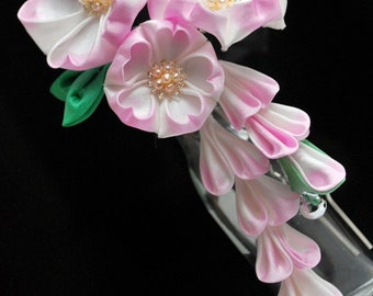 Pink Sakura Hair ornament. Tsumami Kanzashi.  Gradation Cherry Blossoms. (Made to order. ) Fair Child.