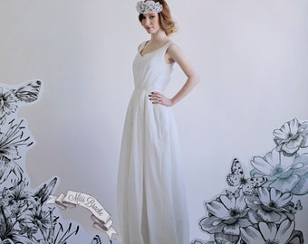 Cotton Wedding Dress V-Neck A-line Floor Length Wedding Floor Dress with Full Back and Tank Sleeves flowy gathered skirt size 00