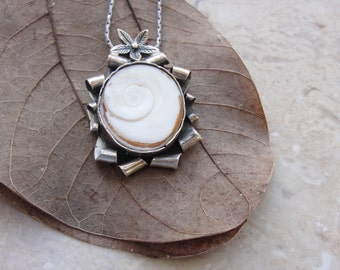 Sterling Silver Seashell Necklace, Eye of Shiva Shell, White Cameo Necklace