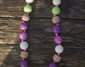 SIMPLE.beads Purple Party bubble gum bead necklace