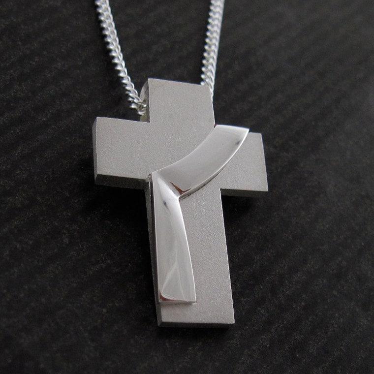 Croix de diacre diacre tole croix collier pendentif en for Miroir eclat silver