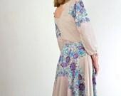 Vintage 1970s Dress • 70s Dress • Print Dress • Day Dress • Floral Print Dress • Summer Dress • Purple Dress • Cascading Floral Print Dress