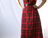 Vintage Plaid Jumper Dress - 1970s Tough Girl Tartan - Size Medium
