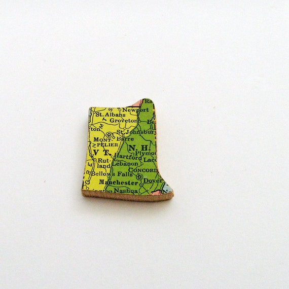 Vermont & New Hampshire Brooch - Lapel Pin / Upcycled 1940s Straus Wood Piece / Unique Wearable History Gift Idea / Timeless Gift Under 25