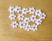Crochet Flowers Appliques 117.10 --- 12 pcs --- Tiny Size flowers in White Petals with Centre in Hot Pink