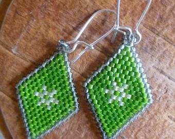 Beaded Earrings- Green Leaf