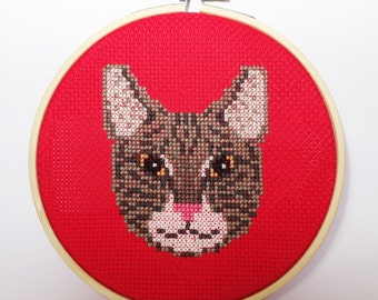 Gray Tabby Cat Face Cross Stitch *Pattern Only*
