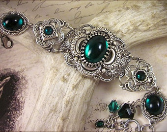 Medieval Bracelet, Emerald Jewel, Green, Faire, Renaissance Jewelry, Antiqued Filigree Jewelry, Tudor Jewelry, Canter