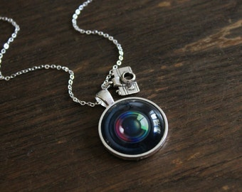 Camera Lens Necklace -  Photographer Silver camera photography charm vintage lens pendant