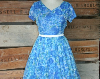 1950s 1960s Vintage Party Dress - Floral Chiffon - Rockabilly - Classic - Bombshell - Pin Up - Flirty Girly - Full Skirt - 38 Bust