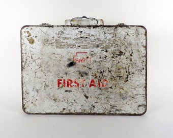 Vintage Industrial shabby chic patina First Aid box kit  / metal box / Industrial storage decor / Pharmacy hinged box / white 2.5 x 9 x 13.5