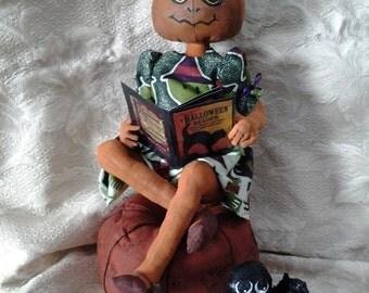 Primitive Doll,Primitive Raggedy Ann, Primitive Halloween Doll, Autumn and Her Friend Spider,Primitive Halloween Decoration