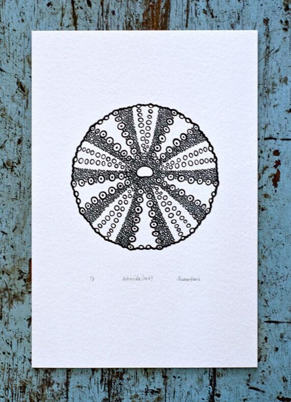 Sea Urchin / Echinoida 'specimen' (noir) - Limited edition one-colour screenprint