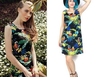 25% OFF SALE 80s 90s Parrot Print Dress Hawaiian Mini Dress Tropical Print Jungle Summer Sleeveless Palm Leaves Black Floral Print Dress (L)