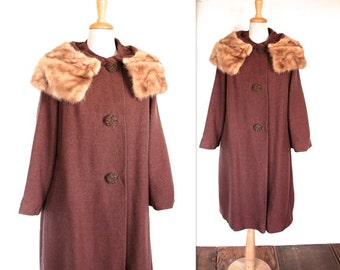 SALE Vintage 1940's Coat // 40s Cocoa Brown Wool Coat with Blonde Mink Collar // Old Hollywood