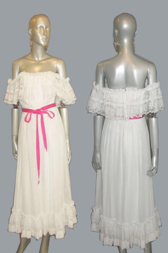 Vintage Amy Rose California White Gauze Lace Off Shoulder Contrast Pink Gross Grain Belt Ruffle Tier Long Peasant Prairie Lined Dress Sz 7/8