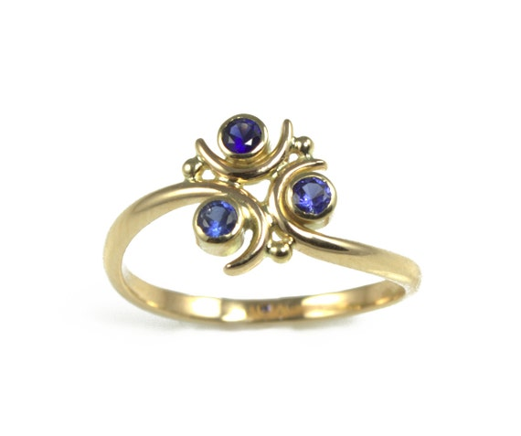 Zora Sapphire Engagement Ring In 14k Gold Geeky By