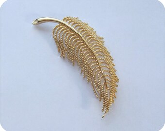 Vintage MONET Brooch | Feather Brooch Pin | Gold Metal Filigree | Large Size Ornamental Statement Piece