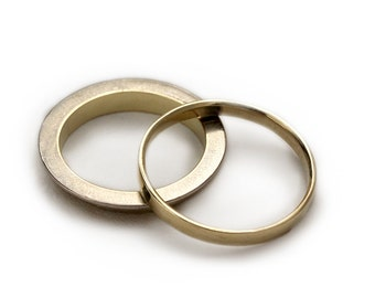 Gold wedding band set, yellow and white gold rings,classic men wedding band,matching wedding rings