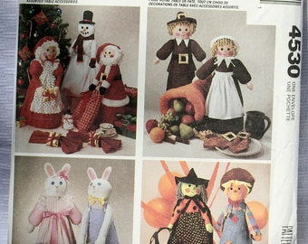 McCalls 4530 Center Piece Pilgram Mr & Mrs Santa Claus Easter Bunny Witch Pumpkin Halloween Doll Christmas Uncut Craft Sew Sewing Pattern