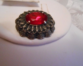 Vintage brooch, red crystal brooch, 1940s retro brooch, leaf design brooch, dramatic brooch, vintage jewelry