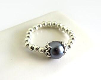 Grey Glass Pearl Silver Stretch Ring