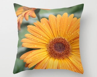 Gerbera Daisy Pillow Cover, Flower Home Decor, Daisy Pillow Case, Floral Pillow Cover