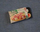 Dollhouse Miniature Grocery - One Inch Scale - Frozen Dinner Box with Removable Food Tray - Pasta