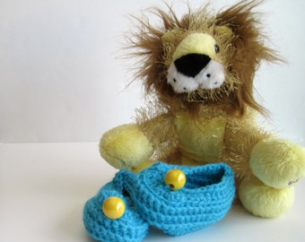 Crochet Baby Booties - Aqua Turquoise with Yellow Bead - Newborn to 3 Months
