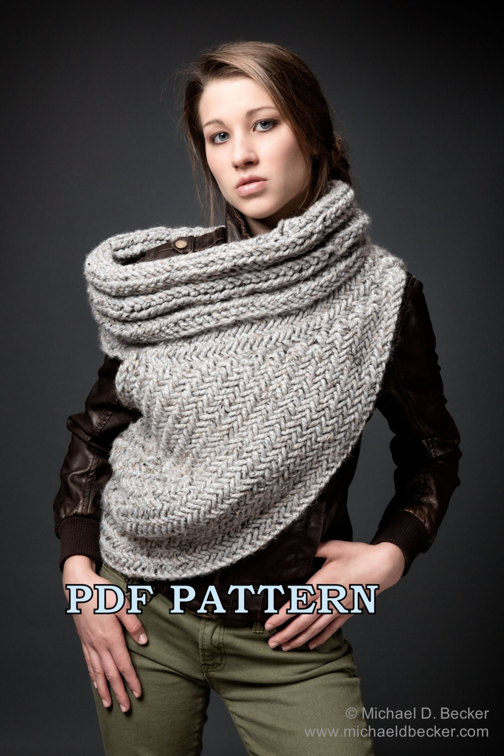Huntress Cowl Knitting Pattern by Kysaa: Handknitted Cowl